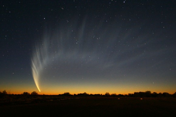 C/2006 P1 McNaught became a memorable sight for observers living in southern latitudes in January 2007.  Will Comet ISON do the same? Credit: Wikipedia